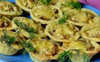 Тарталетки с курицей и сыром в духовке, куриные корзиночки с начинкой