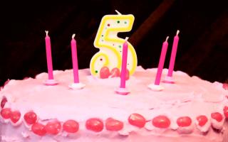 Торт для девочки 5 лет фото, как вырезать цифру 5 из бисквита