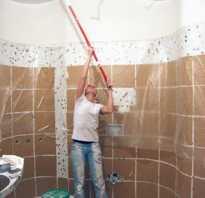 Чем отделать потолок в ванной комнате?