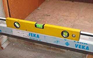 Установка пластиковых дверей своими руками и какой инструмент потребуется для проведения работ