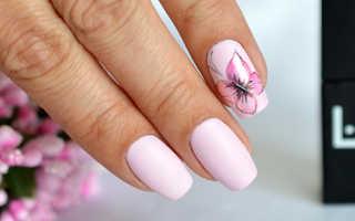 Как рисовать бабочку на ногтях