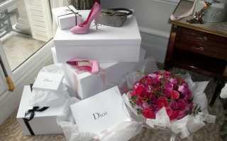 Креативный подарок девушке на день рождения – какой презент сделать женщине?